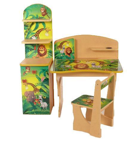 Компактный детский комплект Африка, который состоит из стола, стула и этажерки. Сделан набор из качественных материалов, на поверхность которых нанесена ламинация.