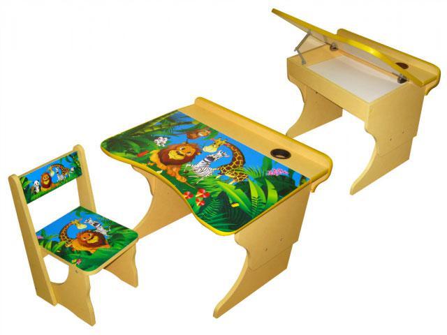 Мини-парта Африка - это многофункциональная, практичная и удобная детская парта для занятий ребенком в возрасте от 2 до 7-8 лет. В комплекте с партой есть удобный стульчик, который как и столик регулируется по высоте. Парта и стул изготовлены из качественных, безопасных материалов.